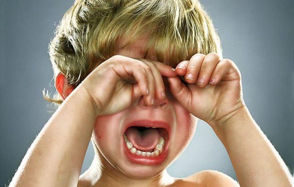 Почему ребенок 10 лет постоянно плачет